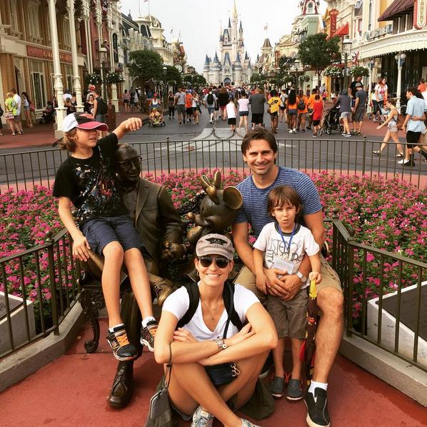 Murilo Rosa e Fernanda Tavares com os filhos (Foto: Reprodução/Instagram)