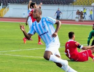 quirino gol londrina x tupi-mg (Foto: Robson Vilela/Site oficial do Londrina)