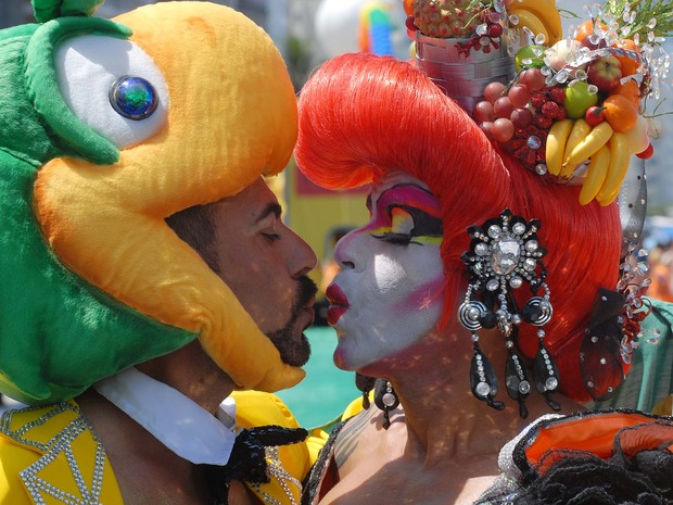 Público caprichou nas fantasias ao participar da 17ª Parada do Orgulho LGBT, em Copacabana, Zona Sul do Rio (Foto: Alexandre Durão/G1)