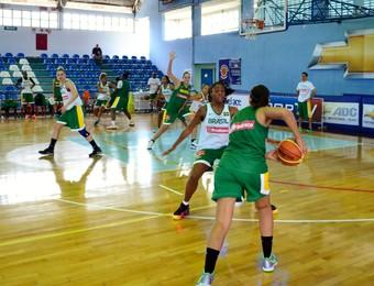 Seleção feminina de basquete - treino para Mundial da Turquia (Foto: Danilo Sardinha/GloboEsporte.com)