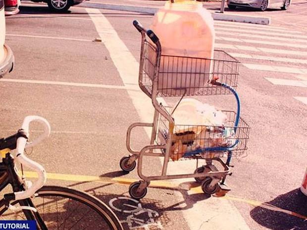 """Gaudência, a """"máquina"""" de pintar ciclofaixa criada por ciclistas de Fortaleza (Foto: Reprodução)"""