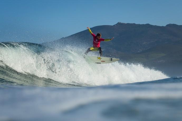 Courtney Conlogue vence etapa de Cascais do Mundial de Surfe (Foto: Divulgação / WSL)