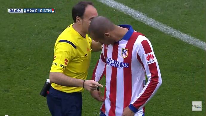 Miranda com camisa errada do Atlético de Madrid