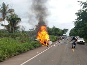 acidente, maranhão, transito, familia, amapá (Foto: Divulgação/ PRF Maranhão)