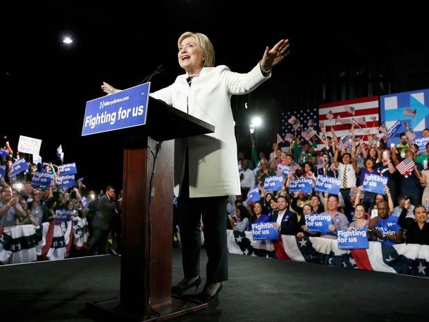 Hillary Clinton discursa em Miami e comemora vitórias nesta Superterça (Foto:  REUTERS/Jonathan Ernst)