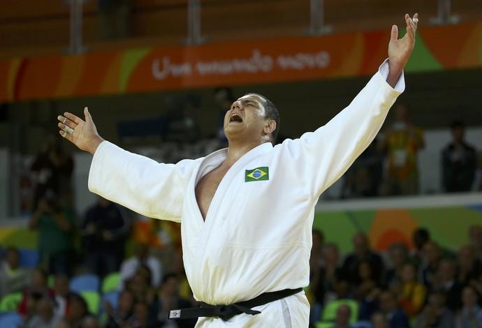 "Rafael ""Baby"" Silva comemora vitória na disputa pelo bronze (Foto: Murad Sezer/REUTERS)"