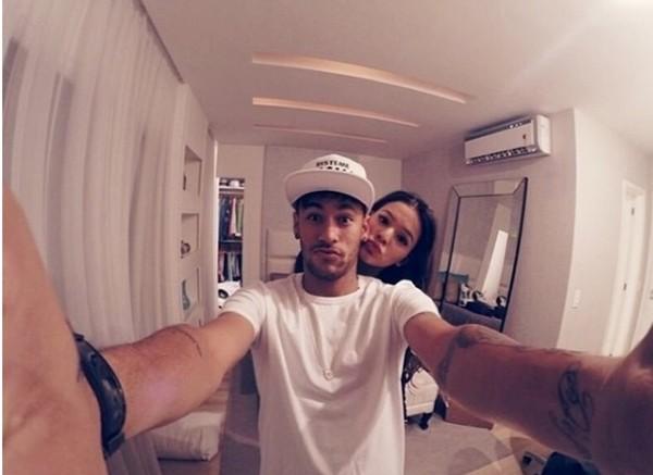 Bruna Marquezine e Neymar (Foto: Reprodução / Instagram)