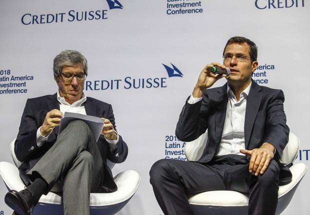 Da esquerda para a direita, Fábio Barbosa, presidente do conselho do CLP, e Eduardo Mufarej, criador do RenovaBR (Foto: Marcelo Pereira/Credit Suisse)