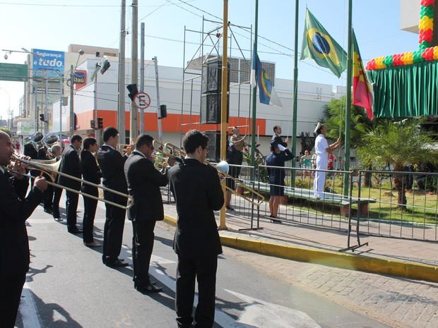 Desfile Cívico de aniversário de Petrolina, PE (Foto: Amanda Franco/ G1)