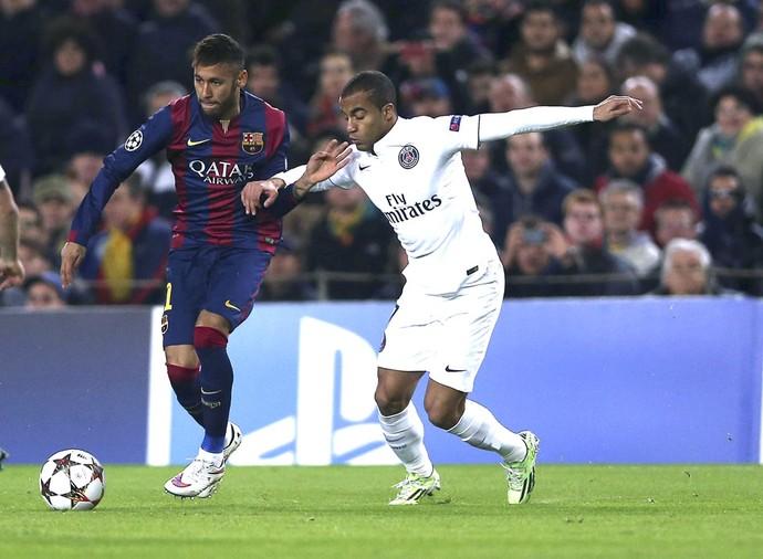 Neymar e Lucas, Barcelona X PSG (Foto: Agência EFE)