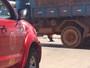 Motociclista fica ferido após colidir com caminhão em Taguatinga, no DF
