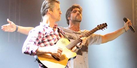 Victor e Leo (Foto: Marlon Costa/Pernambuco Press)