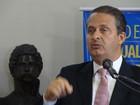 Eduardo Campos viaja à Europa, mas nega conotação política para visita