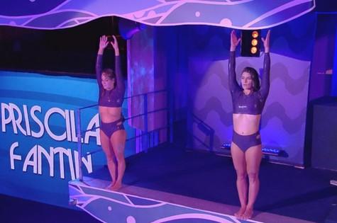 Priscila Fantin e Juliana Veloso no Saltibum (Foto: TV Globo)