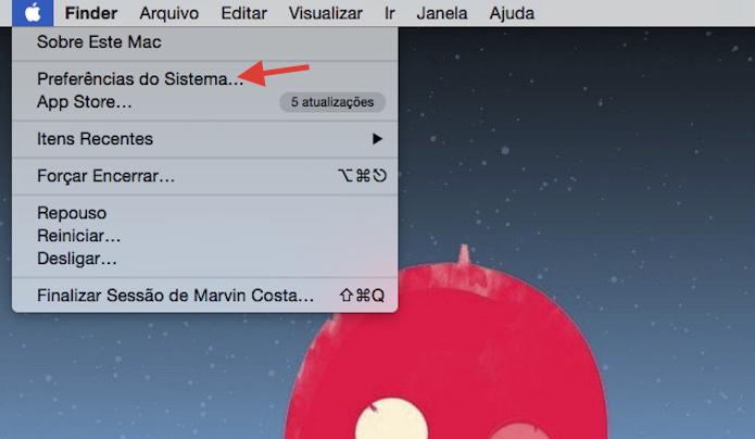 Acessando as configurações do Mac OS para ativar o zoom inteligente do Magic Mouse (Foto: Reprodução/Marvin Costa)
