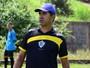 Com setor inchado, Rio Branco libera lateral Pablo para jogar em outro time