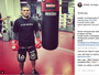 """Khabib """"esquece"""" Ferguson e publica foto de início de camp para o UFC 209"""