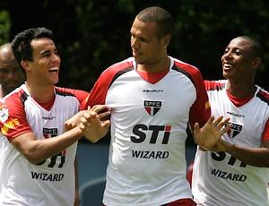 Luis Fabiano treino São Paulo (Foto: Daniel Guimarães / Ag. Estado)
