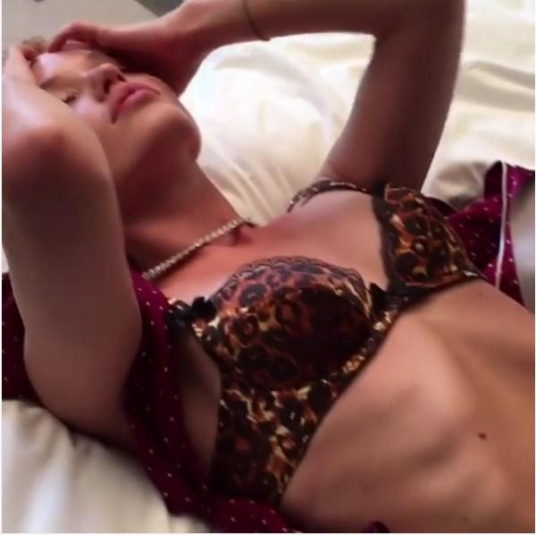 O ensaio da modelo Georgia May Jagger (Foto: Instagram)