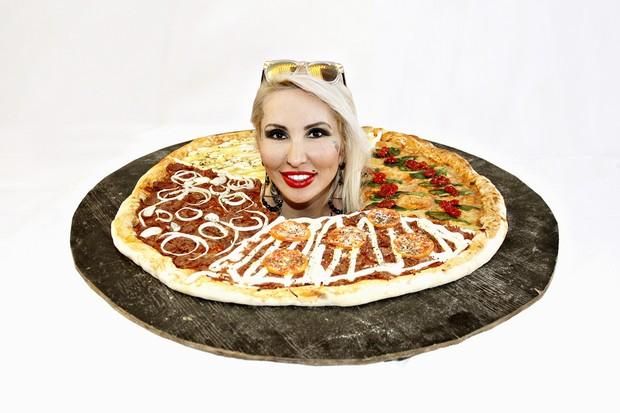 Pizza de Sabrina Boing Boing (Foto: Celso Tavares/EGO)