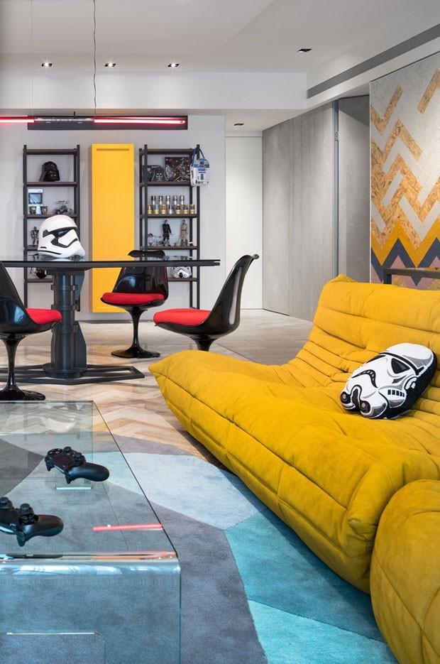 Star Wars inspira decoração minimalista de apartamento (Foto:  HighliteImages/Reprodução)