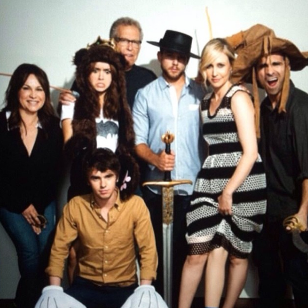 Elenco e produtores de Bates durante a Comic-Con 2013 (Foto: Reproduo / Instagram)