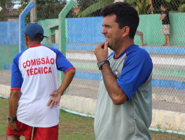 Treinador do Barras Danilo Queiroz (Foto: Josiel Martins)