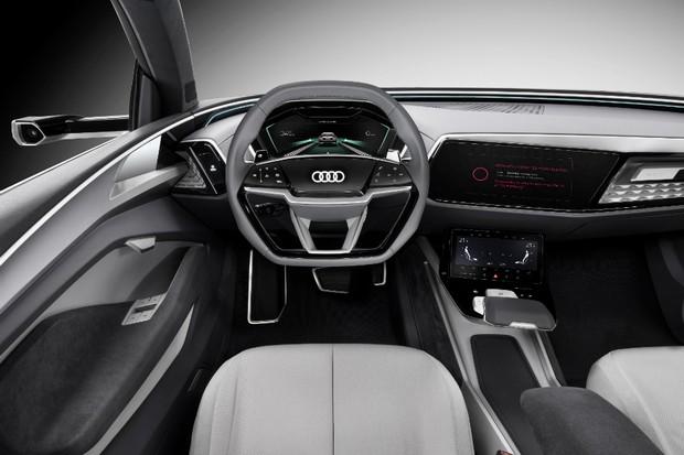 Conceito Audi Elaine foi apresentado no Salão de Frankfurt (Foto: Divulgação)