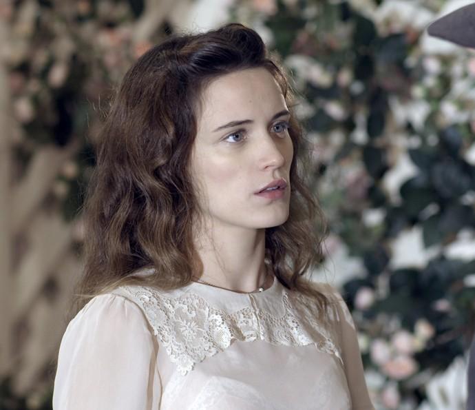 Maria recebe declaração de Fabio (Foto: TV Globo)