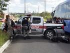 Motociclista fica ferido após acidente envolvendo viatura da PM na Paraíba