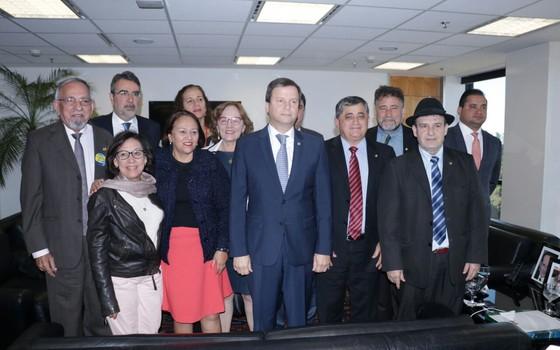 Presidente da OAB, Claudio Lamachia recebe políticos da oposição que pedem eleições diretas para presidente (Foto: Reprodução)