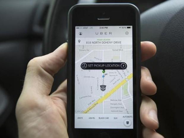 Aplicativo Uber foi banido da Alemanha após decisão de  Tribunal de Frankfurt (Foto: Mario Anzuoni/Reuters)