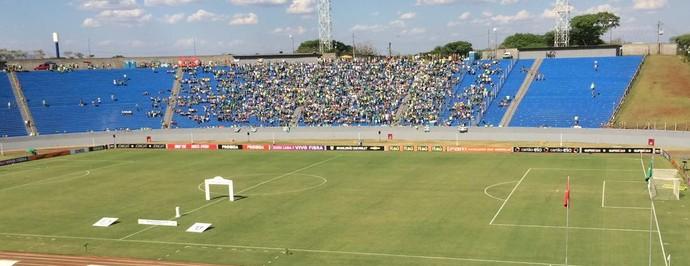 Estádio do Café, em Londrina, receberá duelo entre América-MG e Palmeiras (Foto: Tossiro Neto)