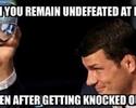 Meme publicado por Nick Diaz provoca ira de Michael Bisping, que o desafia