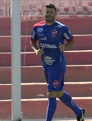Wesley Matos, zagueiro do Goiás (Foto: Reprodução/TV Anhanguera)