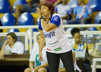Sandra Mara Leão, vôlei Araraquara (Foto: João Moura/Fotojump)