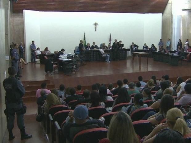 Auditório ficou lotado para acompanhar depoimento de 'Moa' (Foto: Reprodução/TV Amazonas)