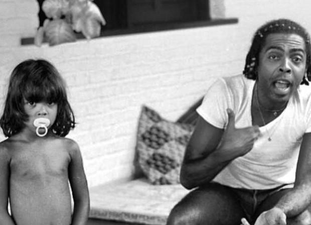 Preta Gil com o pai, Gilberto Gil (Foto: Reprodução/Instagram)