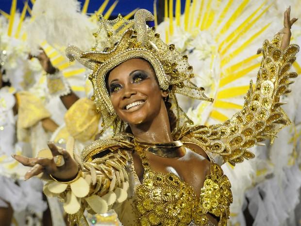 Luana Bandeira, rainha de bateria da Estácio de Sá (Foto: Alexandre Durão/ G1)