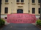 Após 13 dias, estudantes desocupam escola no Centro de Ribeirão Preto