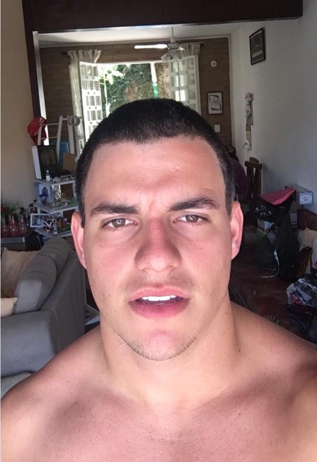 Antônio Rafaski de cabelo raspado (Foto: Arquivo Pessoal)