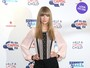 Look do dia: Taylor Swift usa shortinho e deixa as pernas à mostra