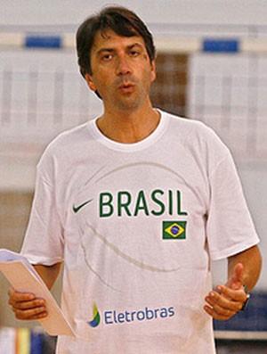 Luiz Cláudio Tarallo basquete técnico seleção feminina (Foto: Divulgação / CBB)