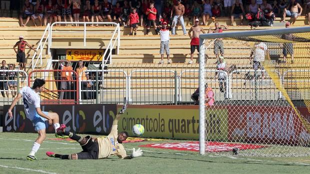 felipe Flamengo x Macaé (Foto: Tiago Ferreira)