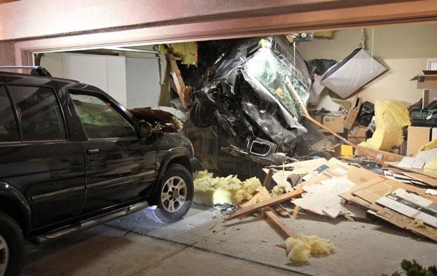 Apesar do susto, ninguém ficou ferido no acidente (Foto: George Strother/AP)
