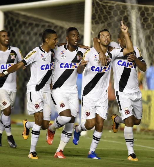 tá na mão (André Durão / GloboEsporte.com)