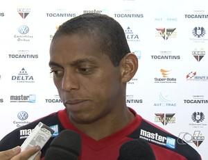 Pituca, volante do Atlético-GO (Foto: Reprodução/TV Anhanguera)