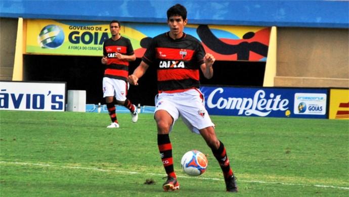 Victor Oliveira, zagueiro do Atlético-GO (Foto: Guilherme Salgado/Atlético-GO)