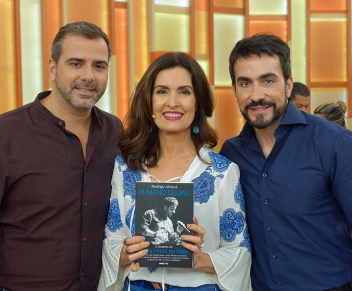 Rodrigo Alvarez, Fátima e o Padre Fábio de Melo nos bastidores  (Foto: Vinícius Cunha/Gshow)