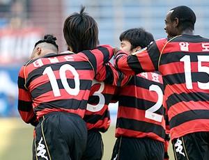 Clodoaldo no futebol sul-coreano (Foto: Arquivo Pessoal)
